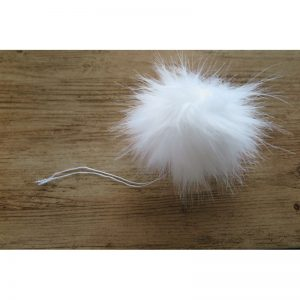 pompon futrzany 12 cm biały z szarymi końcówkami